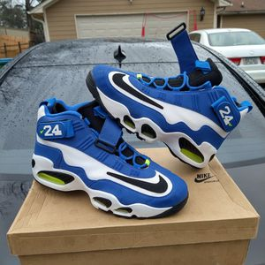 $175 local pick up Size 11.5 only. Nike Air Griffey Max 1 Volt With Original Box And Receipt for Sale in Norcross, GA