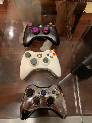 Xbox 360 Elite, HDMI, Modded Controller, Two regular controllers for Sale in San Francisco, CA