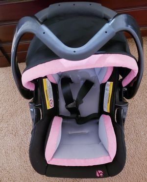Car seat for babys for Sale in Fort Pierce, FL