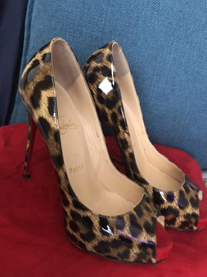 BUY TODAY! Christian Louboutin Red Bottom Heels 37.5 for Sale in Nutley, NJ