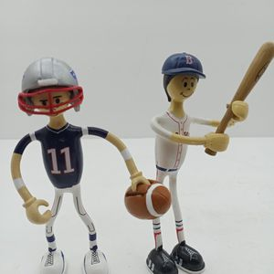 Boston Red Sox And New England Patriots Wire Figurines for Sale in Waterbury, CT
