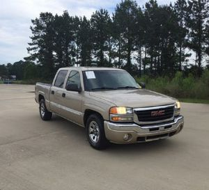 2005 GMC Sierra 1500 SLE Crew Cab SB for Sale in Knoxville, TN