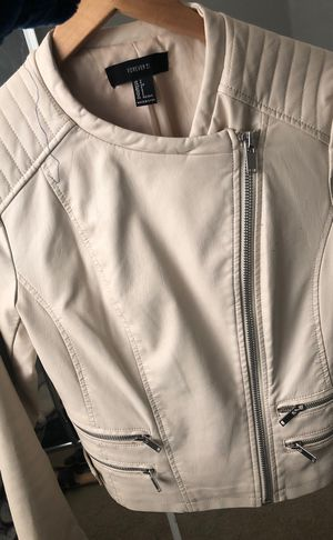 Leather jacket for Sale in Fontana, CA
