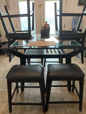 Kitchen Table Set for Sale in Portsmouth, VA