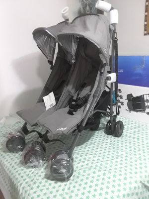 Double stroller. Carriola doble for Sale in Houston, TX