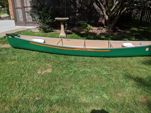 1981 Sawyer canoe plus more for Sale in Moline, IL