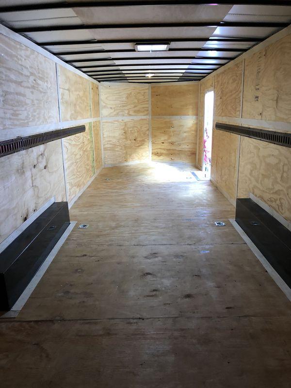 2019 28'L x 8.5W x 7'H Enclosed trailer car hauler