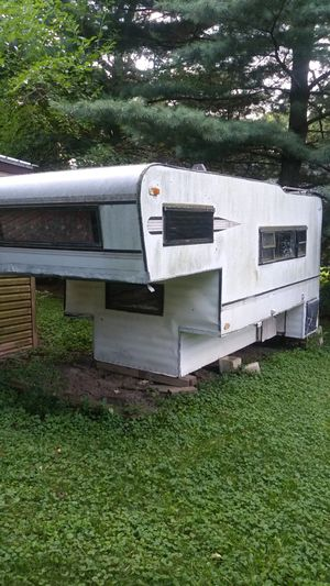 Truck bed camper for Sale in Monee, IL