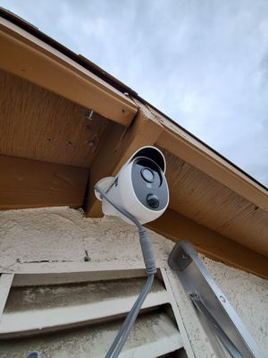 Security camera sale and install for Sale in Ontario, CA
