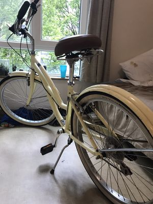 Trek beach calypso cruiser works perfect. Older but taken care of for Sale in Portland, OR