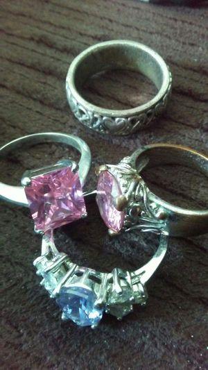 4 Rings: 2 Rose Quartz, 1 Amethyst, 1 Silver for Sale in San Diego, CA
