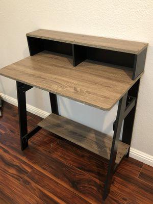 Small Amazon Desk for Sale in San Bernardino, CA