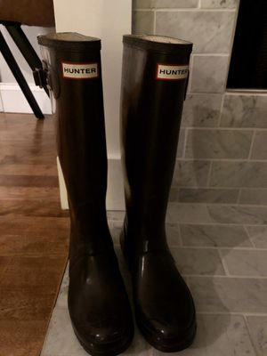 Brown Hunter Rain Boots Women's 7M for Sale in Chicago, IL