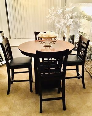 Coaster Counter High Dining Table w/ 4 Faux Leather Chairs for Sale in Henderson, NV