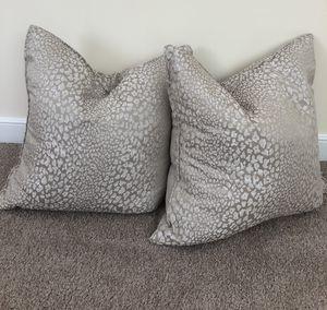 Home Decor- throw pillow set for Sale in Arlington, VA