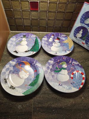 Oneida Stoneware Salad Plates for Sale in Pleasant Hill, IA