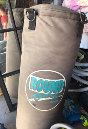 Punching bag for Sale in Los Alamitos, CA