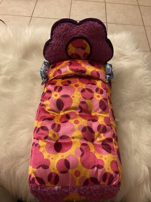 Groovy Girls Flower Power Doll Bed . for Sale in El Monte, CA