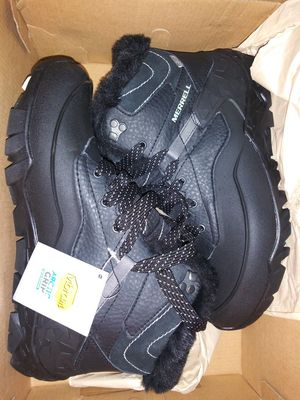 Merrell weather resistant boots (work boots or every day use) for Sale in Detroit, MI