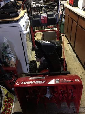 Troy built snowblower for Sale in US