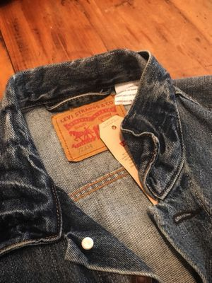 Levi's Men's Trucker Jacket, Spire, Medium for Sale in Los Angeles, CA