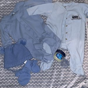 Baby Clothes Size 0-3 Months Everything For $5 for Sale in Columbus, OH