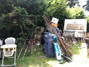 FISHING POLES GALORE for Sale in Woodinville, WA
