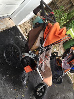 Bob double jogging stroller for Sale in Fort Lauderdale, FL