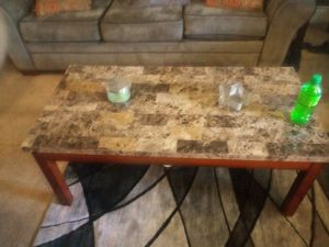 Coffee table for Sale in Grove City, OH