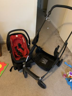 Urbini Car seat + base + stroller for Sale in Rincon, GA