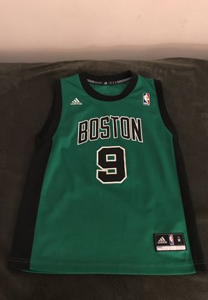 Boston Celtics jersey for Sale in Odenton, MD