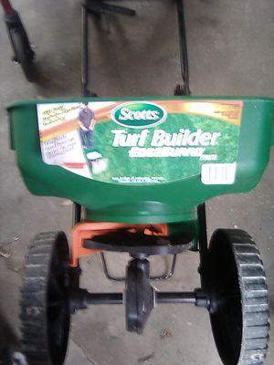 Scott's seeder/fertilizer for Sale in Winter Haven, FL