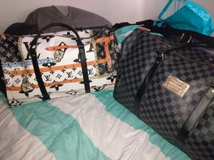 2 duffle bags for Sale in St. Louis, MO