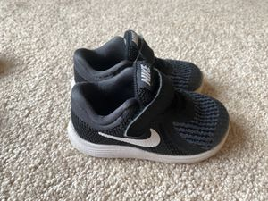 Toddler shoes size 6 Nike for Sale in Maple Valley, WA