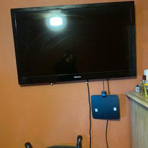 Flat Screen Tv Hisense for Sale in Visalia, CA