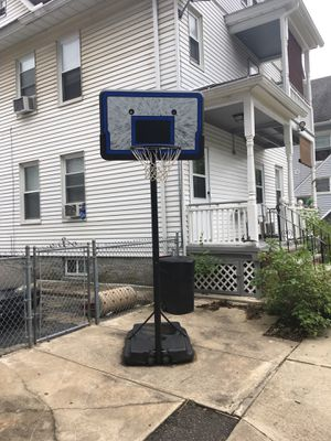 Basketball hoop for Sale in Derby, CT