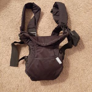 Infantino 4 in 1 baby carrier. Lightly used. for Sale in Millcreek, UT