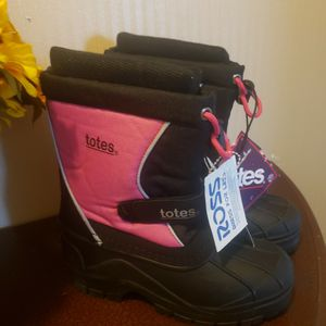 Totes Snow Boot for Sale in Mount Laurel Township, NJ