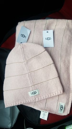 UGG Pink hat and scarf set. New in tags..... for Sale in West McLean, VA
