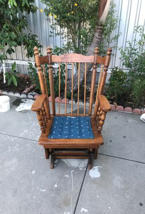 Antique rocking chair for Sale in South Gate, CA