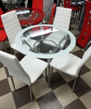 Brand new five piece leather dining room set for Sale in North Miami, FL