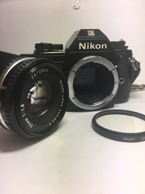 Nikon EM Film Camera with Nikon E series 50mm lens 1:1.8 for Sale in Clinton, MD