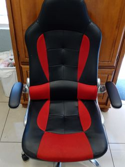 Office / Gaming chair FOR SALE for Sale in Miami,  FL