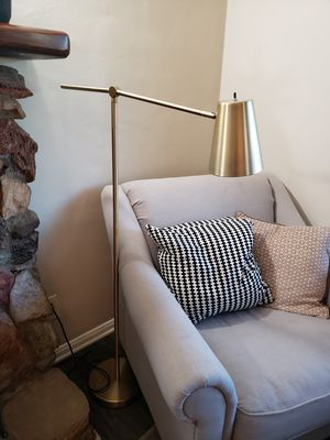 Gold/brass adjustable floor lamp for Sale in Tujunga, CA