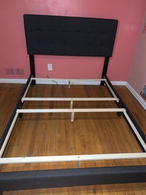 Full size bed frame tufted •Make Offer• for Sale in College Park, GA
