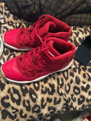 Jordan 11s size 5.5y for Sale in Fort Worth, TX