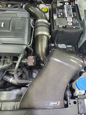 Apr carbonfiber intake with inlet tube mk7 for Sale in Germantown, MD