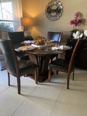 Glass top table with four chairs. for Sale in Tomball, TX