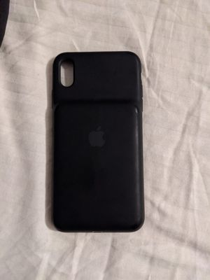 Apple iPhone xs max charging case. for Sale in Bakersfield, CA