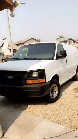 CLEAN TITLE 2007 CHEVY CARGO VAN for Sale in Fontana, CA